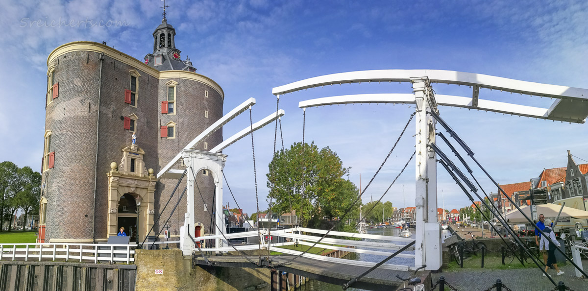 Eine der Zugbrücken in Enkhuizen, Niederlande