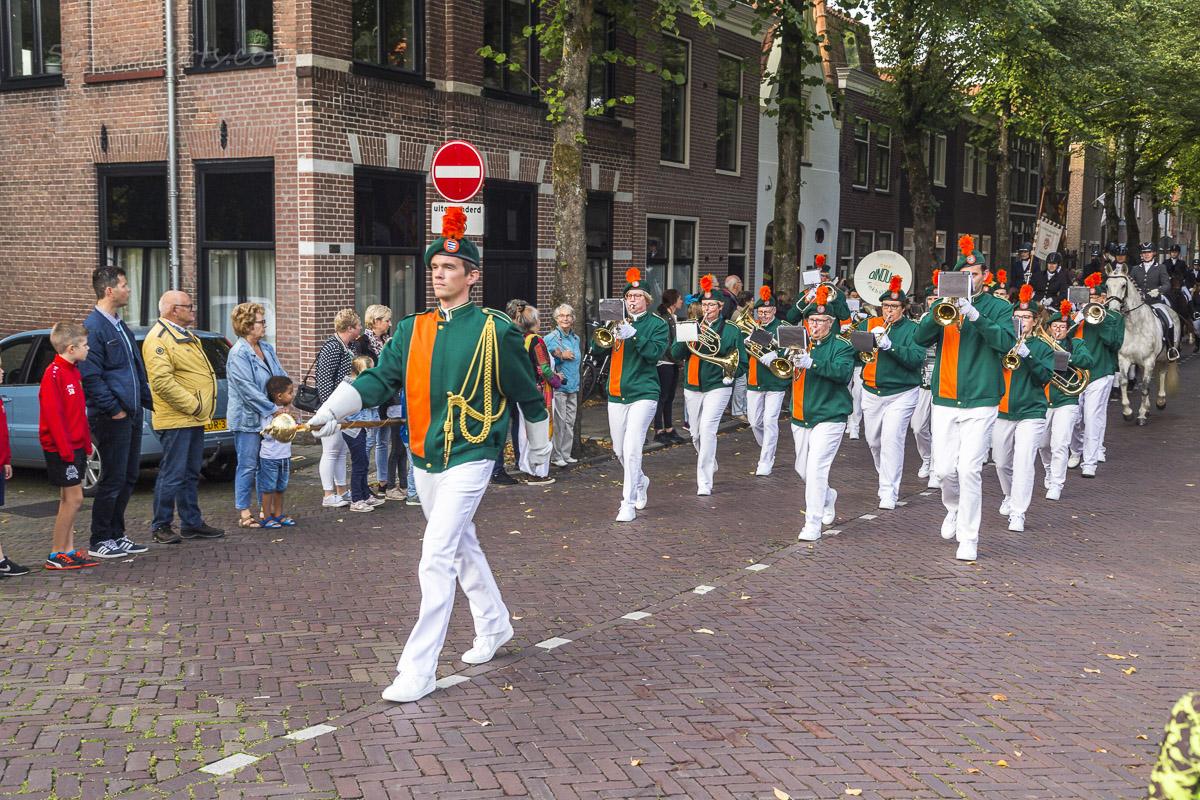 Parade durch Enkhuizen, Niederlande