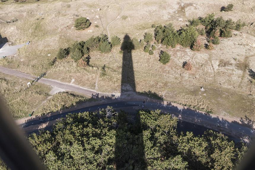 Der Schatten des Leuchtturms Bornrif