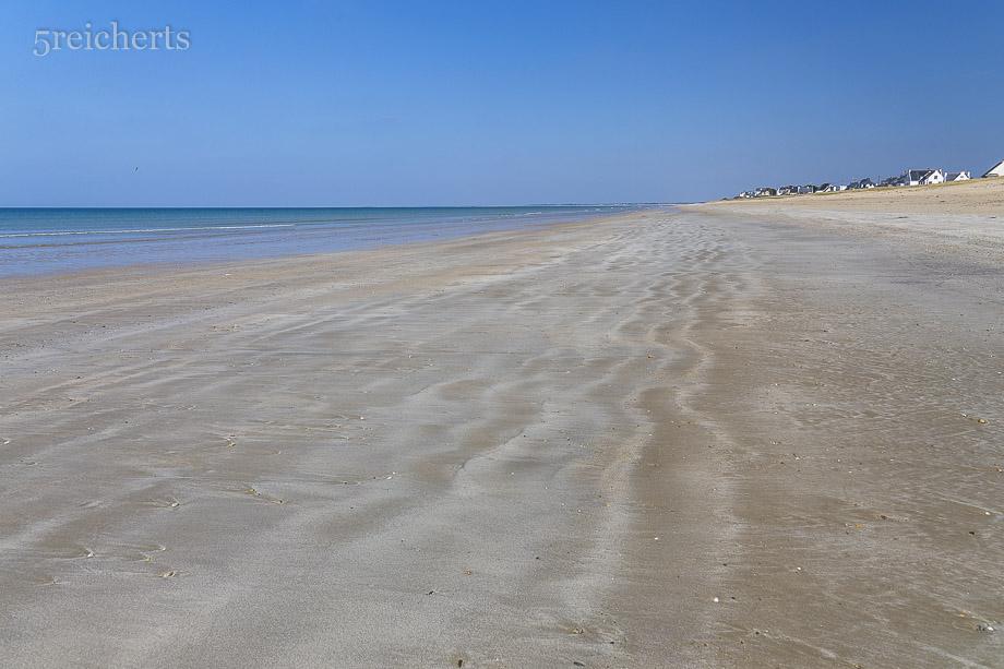 Weiter Strand am engsten Teil der Halbinsel