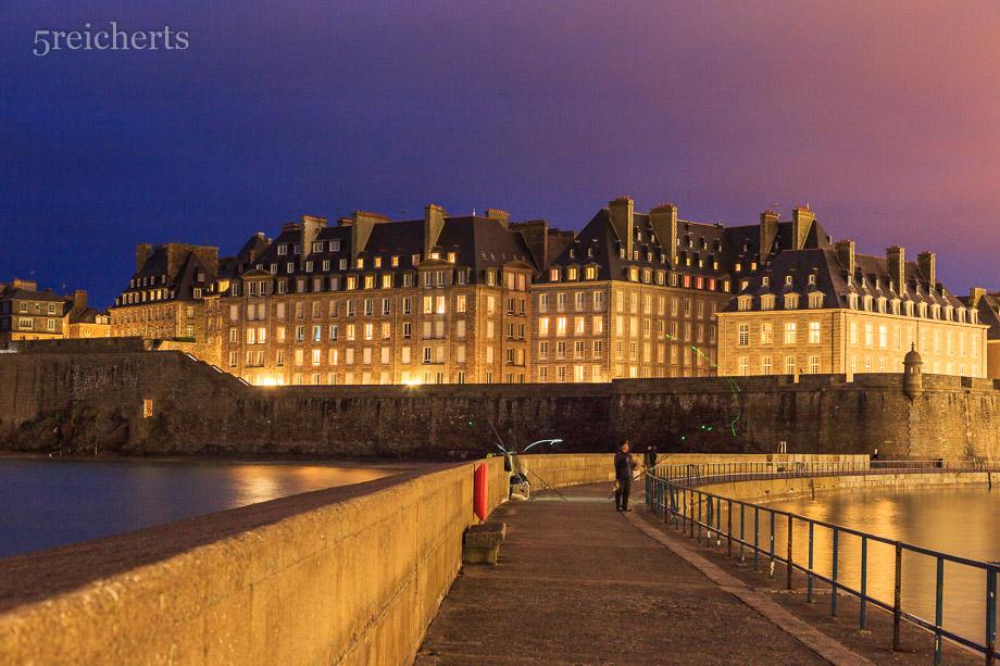 Der typische Blick vom Leuchtturm zur Intra Muros, Saint Malo