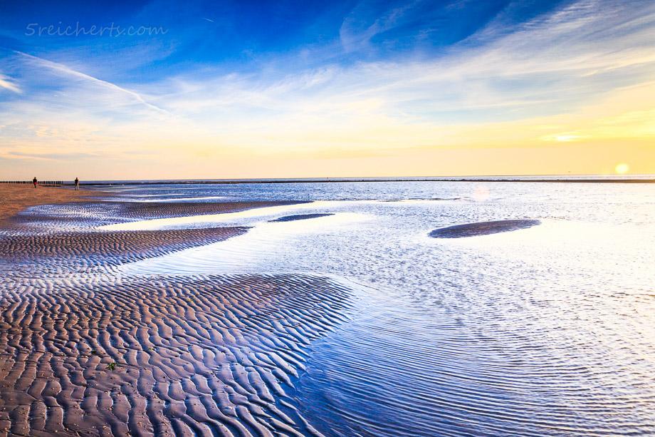 Sonnenuntergang am westlichen Strand von Ameland