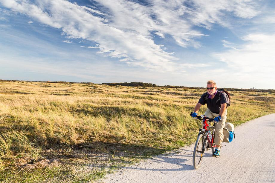 Gunter fährt Rad auf Ameland