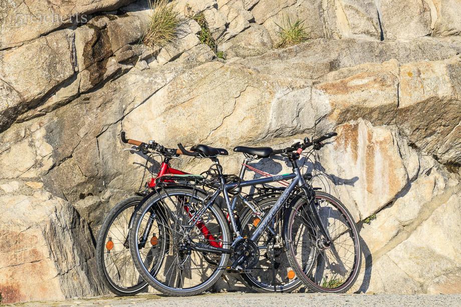 Gut verstaut - unsere Räder in Saint Michel