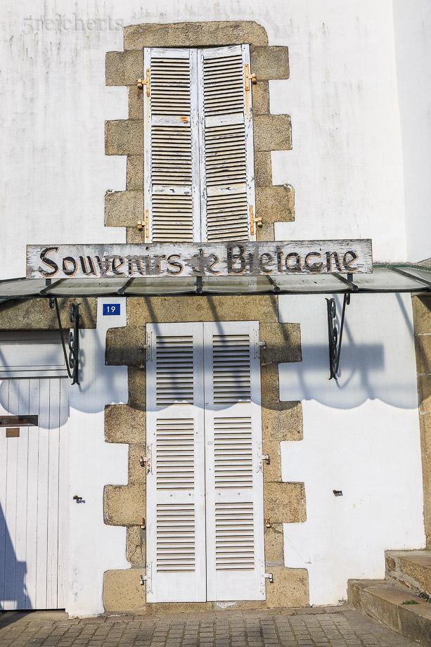 Noch geschlossen, Souvenirshop in Carnac