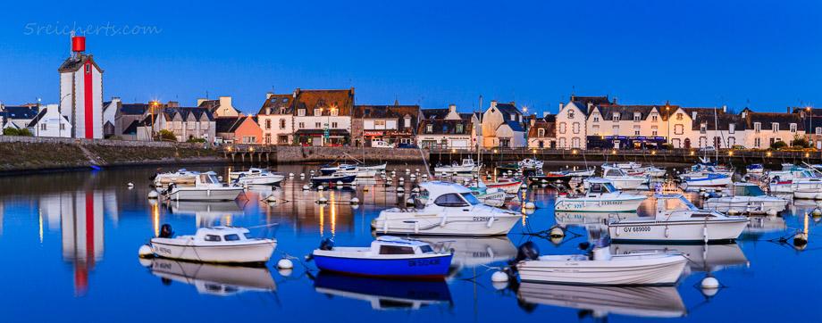 Blaue Stunde in Guilvinec, Penmarch, Bretagne