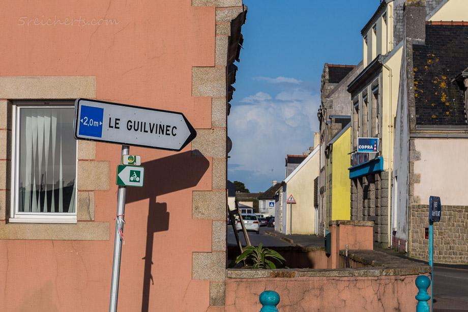 Die Brücke ist zu schwach, die Schilder verwirrend, Guilvinec, Bretagne