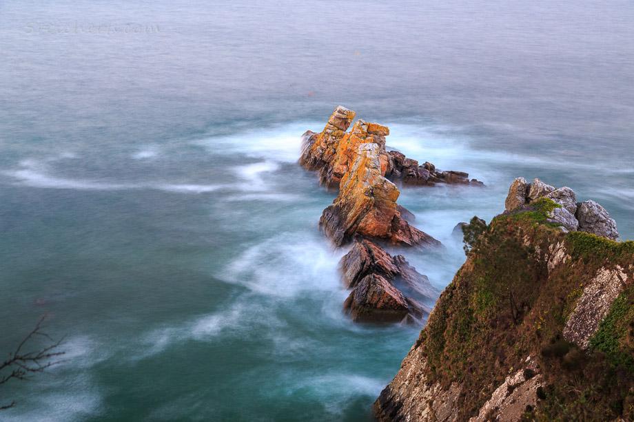 Klippen vor Morgat, Bretagne