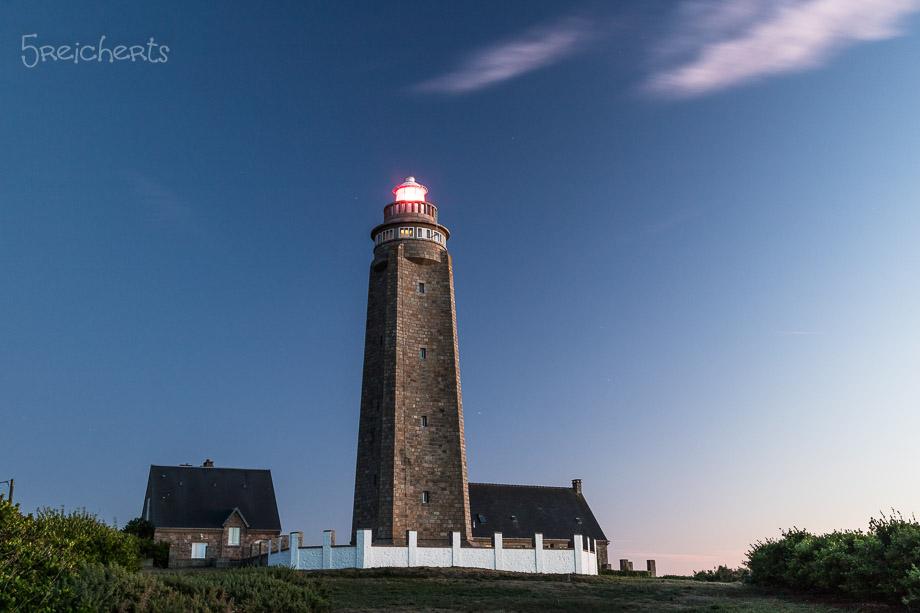 Der Leuchtturm am Cap Levi am Abend, Normandie