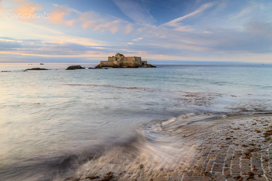 Nach Sonnenuntergang und bei Flut, Saint Malo