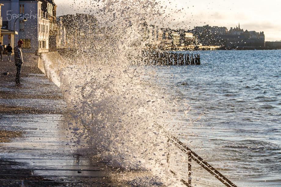 Wellen in Sain Malo