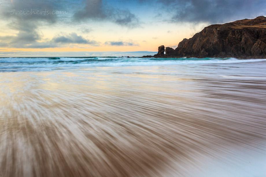 Dalmore, Isle of Lewis, Schottland. Eine Aufnahme mit knapp 1 Sekunde aus der Langzeit-Serie.