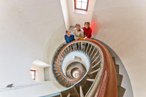 Wir drei im Leuchtturm Lyngvig, Dänemark