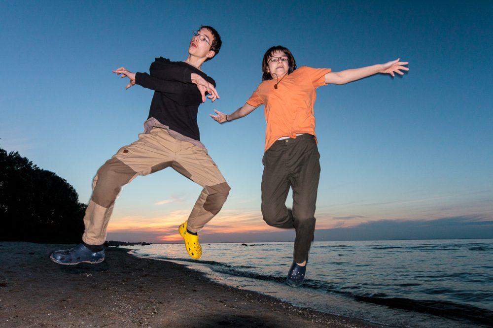 Posieren in der Luft, deutsche Ostseeküste