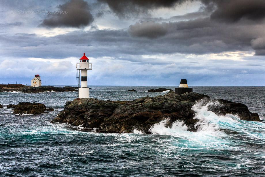 Kleiner Hafenleuchtturm auf Vaeroy