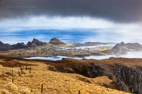 Blick über die Insel Vaeroy