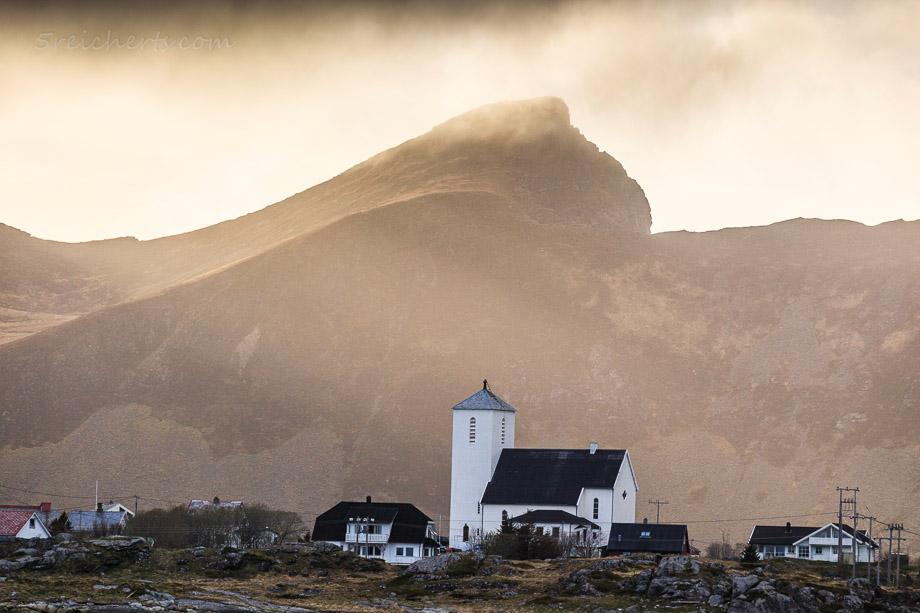 Kirche von Sørland, Vaeroy, Norwegen
