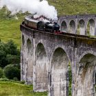 Jakobite, Glenfinnan Viaduct, Highlands, Schottland