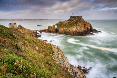 Küste beim Fort Bertheaume, Bretagne