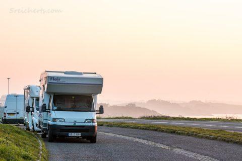 Womo and der Küste bei Cancale, Bretagne