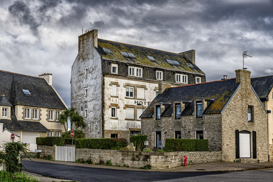 Altes Hotel in Lesconil, Bretagne