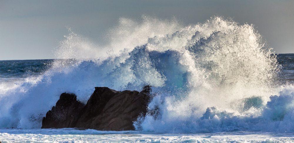 Wellen. Pern, Ouessant, Bretagne
