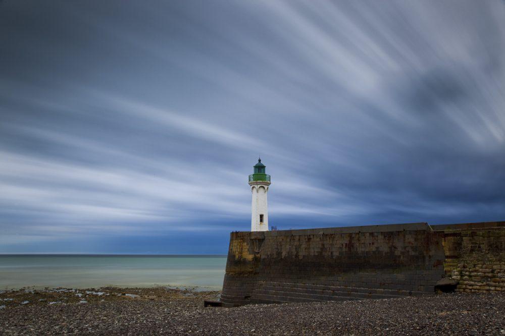 Leuchtturm in St Valery en caux, Normandie, Frankreich