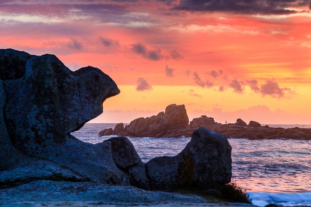 Sonnenuntergang in Lesconil, Bretagne
