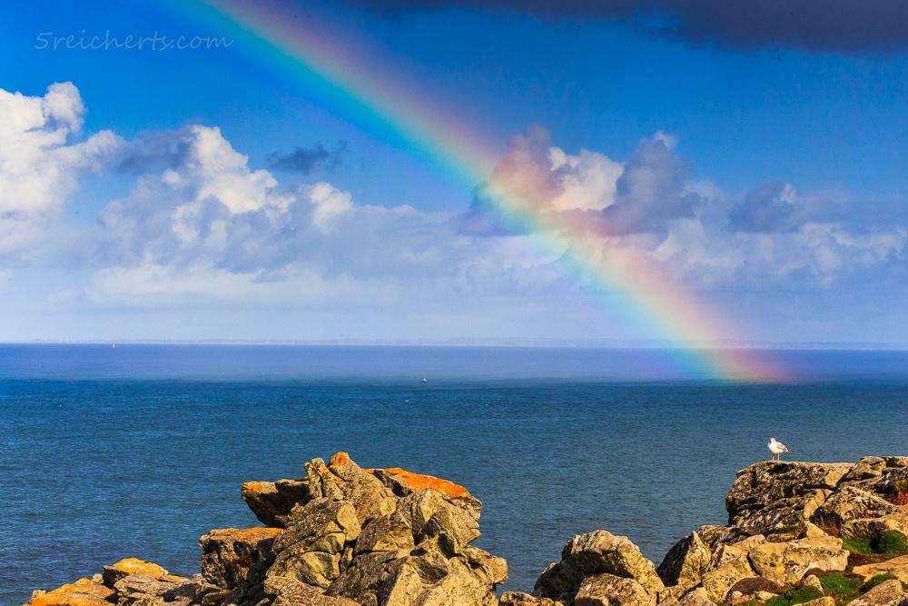Regenbogen am Pointe du Raz, Bretagne