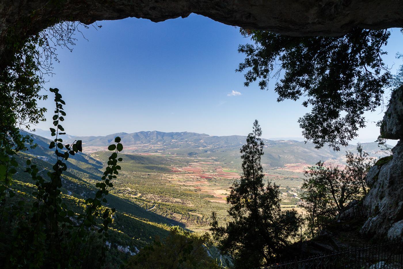 Blick aus der Höhle heraus