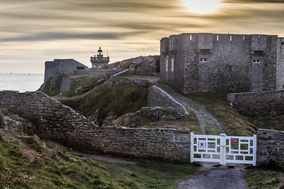 Leuchtturm Kermovan und der Zaun