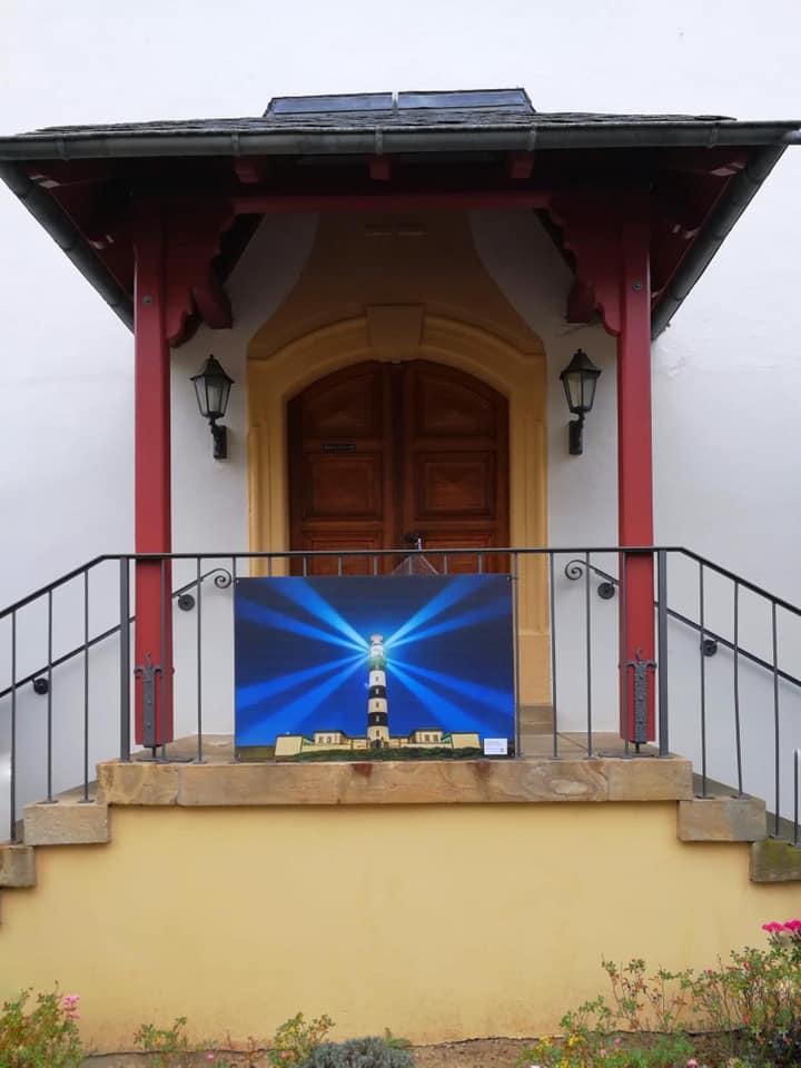 Der Leuchtturm an der evangelischen Kirche
