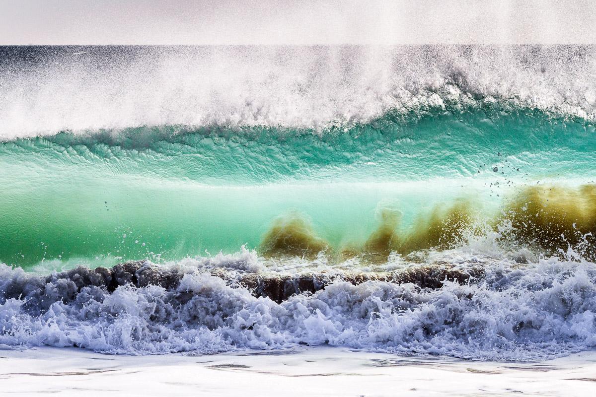 Welle in Trafalgar, Spanien